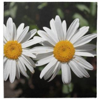 Pretty pure white daisy flowers napkin