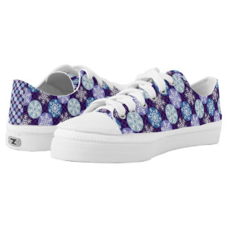 Pretty Snowflakes Blue and Violet Winter Pattern Low Tops