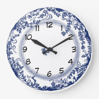 pretty vintage blue delft plate clock