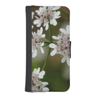 Pretty white flowers for iphone 5/5s