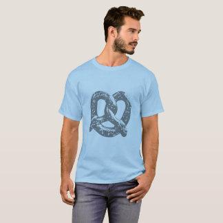 pretzel graphic shirt blue