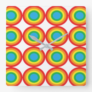 Primary_bulle seye in red yellow and green square wall clock
