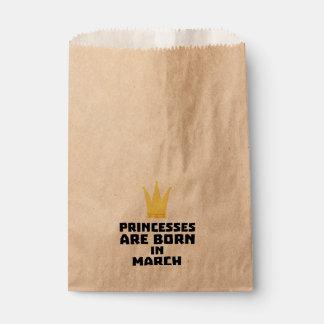 Princesses are born in MARCH Z1szr Favour Bag