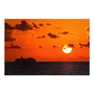 Print - Cruise Ship at Sunrise - Cancun, Mexico