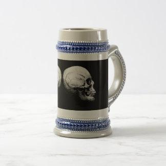 Profile Skull Black and White Stein
