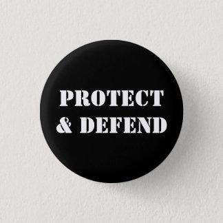 """PROTECT & DEFEND"" 3 CM ROUND BADGE"