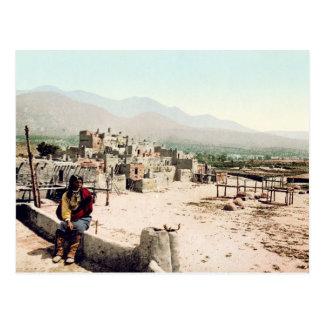 Pueblo de Taos New Mexico Postcard