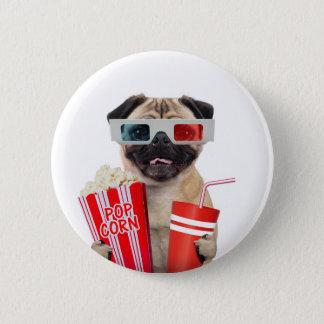 Pug watching a movie 6 cm round badge