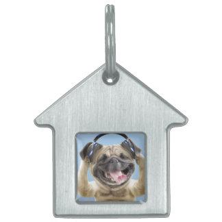Pug with headphones,pug ,pet pet name tag