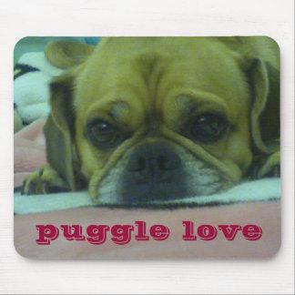 Puggle love mousepad