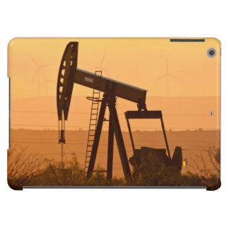Pump Jack Pumping Oil In West Texas, USA iPad Air Cover