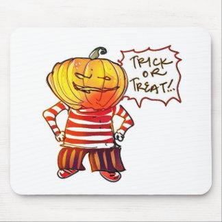 pumpkin head kid say trick or treat halloween mouse pad