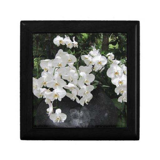 Pure prefection White flowers, Trinket Box