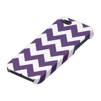 Purple and White Chevron Pattern Cover For iPhone 5/5S