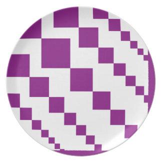 Purple Descending Diamonds Plate