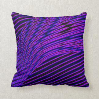 Purple interference interference PUR-polarizes Throw Pillow