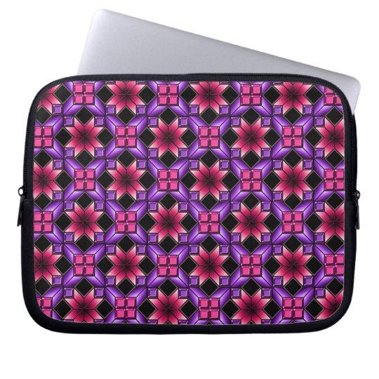 Purple optical illusion laptop sleeve