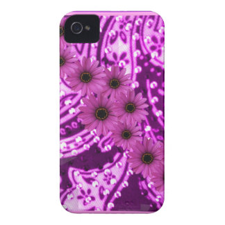 PURPLE PAISLEY DAISIES iPhone 4 COVERS