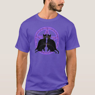 purple pentagram black cats protection wicca pagan T-Shirt