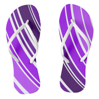 Purple ring design flip flops
