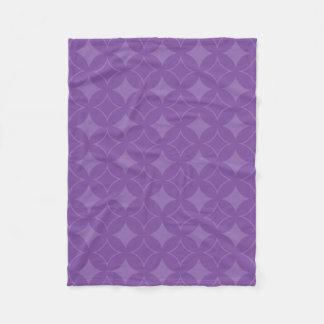 Purple shippo pattern fleece blanket