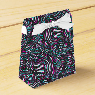 Purple wavy stripes optical illusion favour box