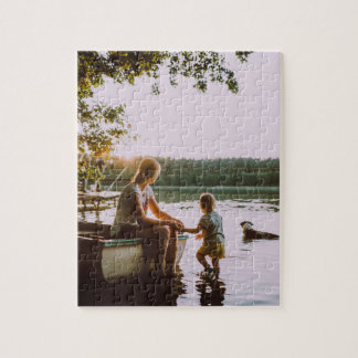 Puzzle : Mother & toddler on a lake shore