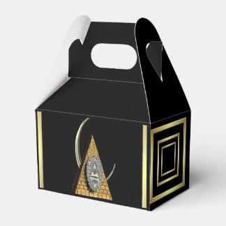 Pyramo0n Favour Box