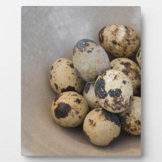 Quails eggs plaque