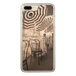 Quaint restaurant balcony, Italy Carved iPhone 7 Plus Case