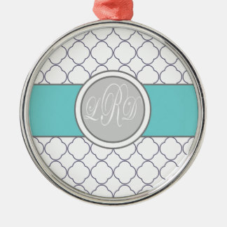 Quatrefoil Monogram Silver-Colored Round Decoration