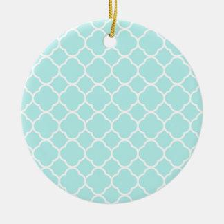 Quatrefoil Pattern Design Round Ceramic Decoration
