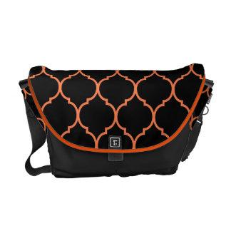 Quatrefoil Pattern Messenger Bag