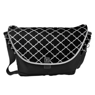 Quatrefoil Pattern Messenger Bag