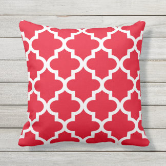 Quatrefoil Pattern | Red and White Cushion