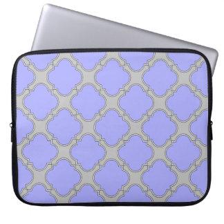 Quatrefoil periwinkle and gray laptop sleeve