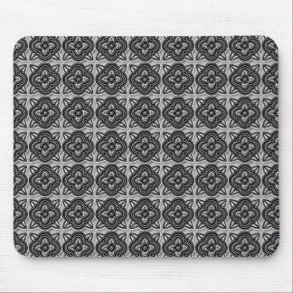 Quatrefoils Black on Silver Mouse Pad