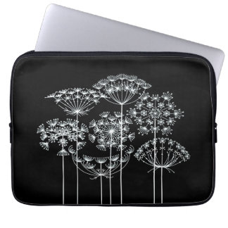 Queen Anne's Lace Laptop Sleeve