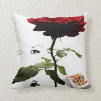 queen of hearts with rose cushion