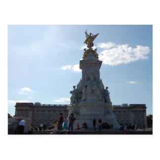 queen victoria statue postcard