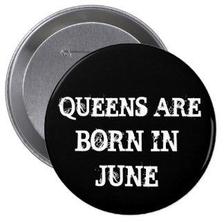 Queens in June 10 Cm Round Badge