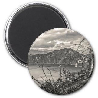 Quilotoa Lake Latacunga Ecuador 6 Cm Round Magnet