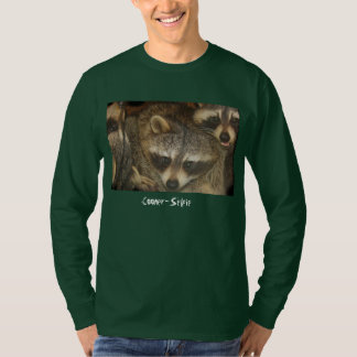 Raccoon-Selfie T-Shirt