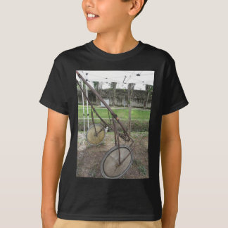 Racing sulky used in harness racing T-Shirt