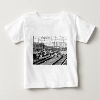 Rails way baby T-Shirt