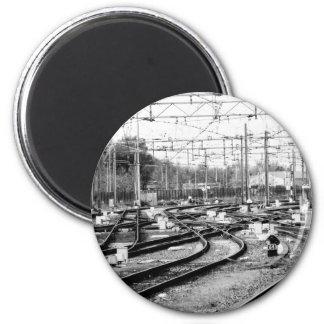 Rails way magnet