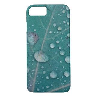 Rain drops on a leaf iPhone 7 case