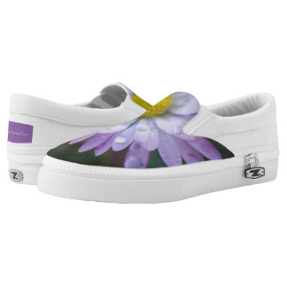 Raindrops on a daisy Slip-On shoes