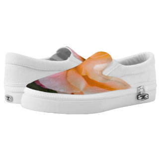 Raindrops on a rose Slip-On shoes