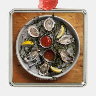 Raw oysters arranged metal ornament